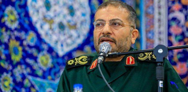 تقابل دشمن در فضای مجازی ادامه مسیر جنگ تحمیلی است/ تلاش می کنند با دروغ و تحریف مردم ایران را از حرکت خود باز دارند