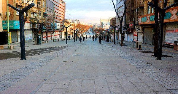 طرح ساماندهی دستفروشان پیاده راه فردوسی در سنندج آغاز شد