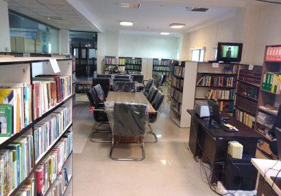 کتابخانه جامع مدیریت شهری با ۷۰۰۰جلد کتاب پذیرای شهروندان سنندجی است