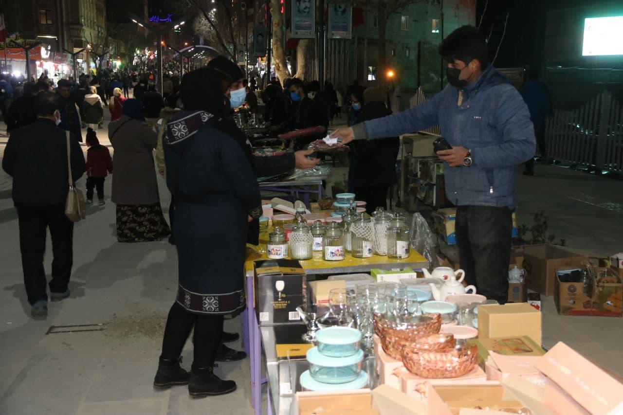 برپایی روز بازار و شب بازار در پیاده راه فردوسی سنندج