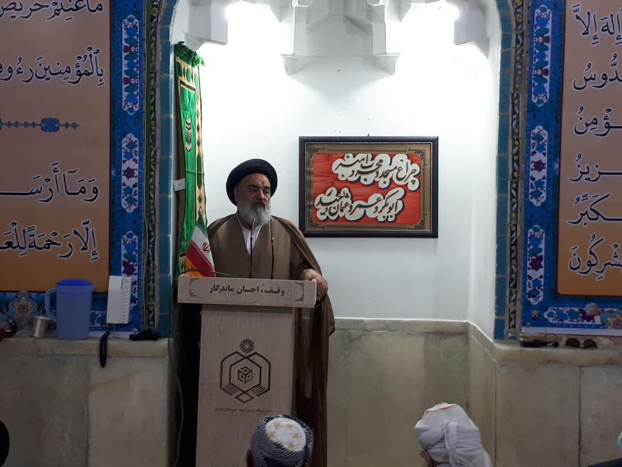 انقلاب اسلامی ایران پایه های وحدت بین امت اسلامی را تقویت کرد