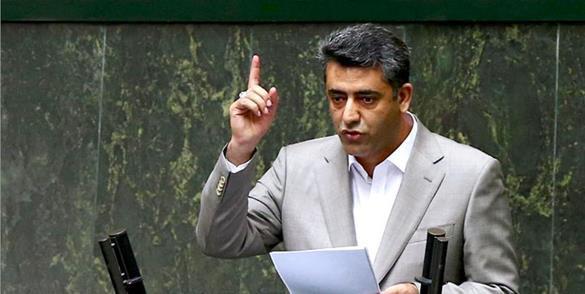 دولت روحانی عدالت محور نیست/ لزوم بیداری وجدان دولتمردان در قبال کولبران