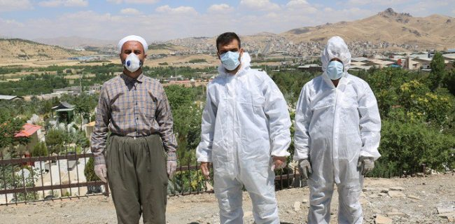 کارکنان آرامستان بهشت محمدی و پاکبان های سنندجی در اولویت تزریق واکسن کرونا قرار گیرند